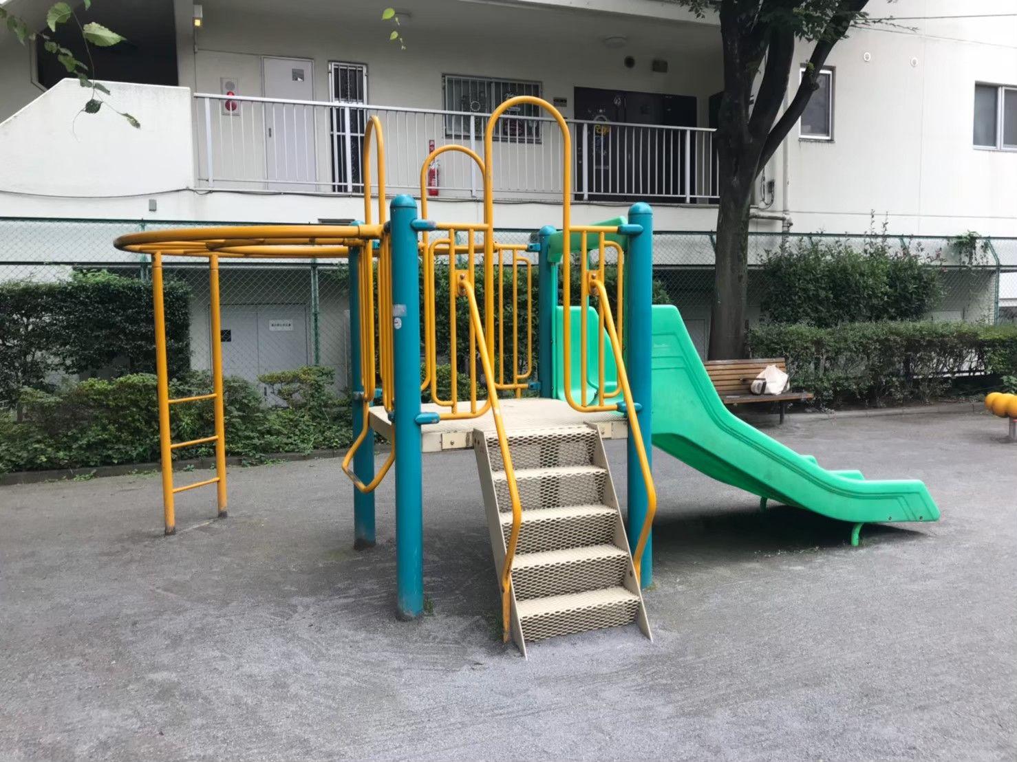 中原東公園